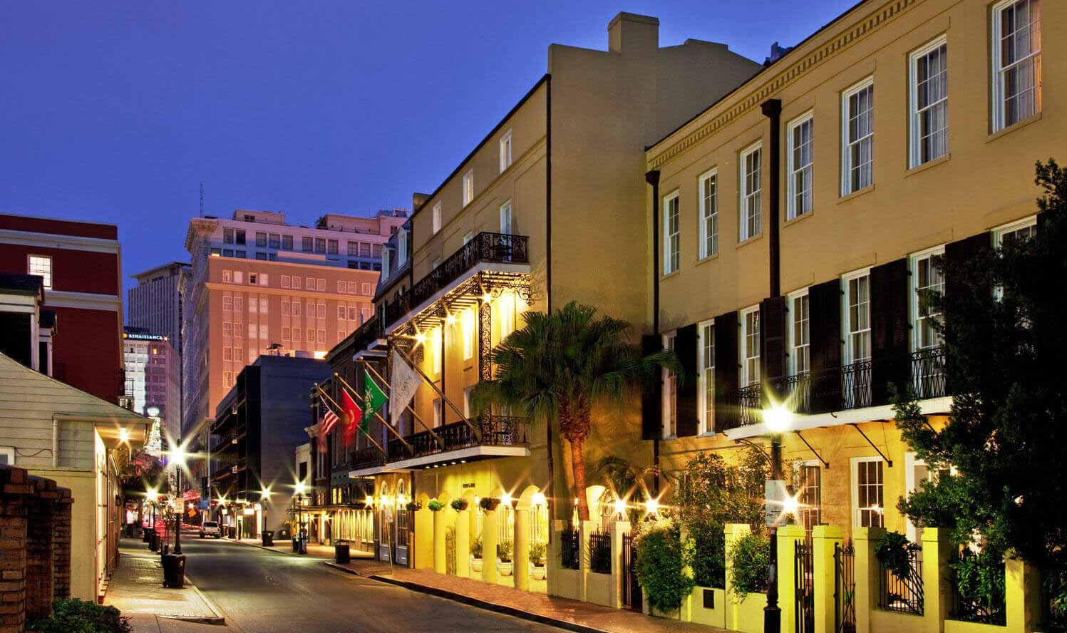 Chateau LeMoyne French Quarter, A Holiday Inn Hotel